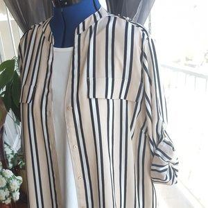 Calvin Klein top button down long sz 1X blouse